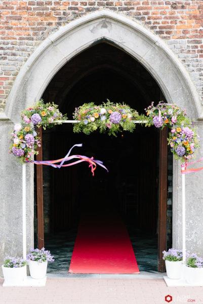 arche-eglise-fleurs-mariage
